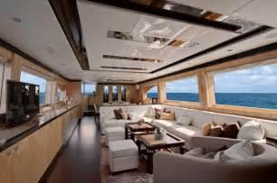 Horizon e84 luxury yacht virginia interior luxury yacht charter
