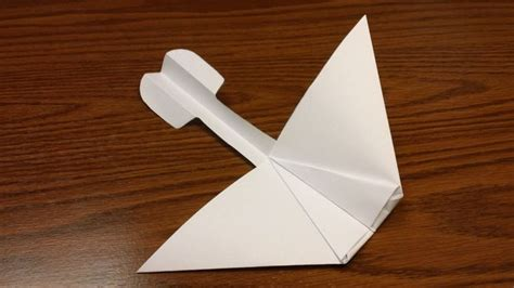 How To Make A Glider Out Of Paper - paper airplane glider from gra d