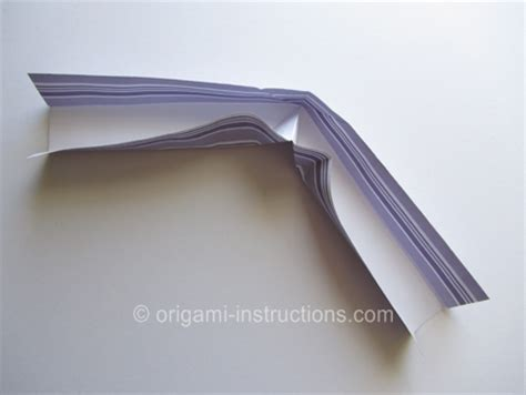 How To Make An Origami Boomerang Step By Step - percobaan sains sederhana make origami paper boomerang