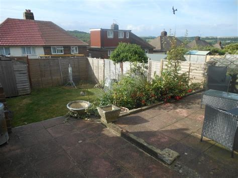 2 bedroom house in brighton 2 bedroom house for sale in moulsecoomb way brighton bn2
