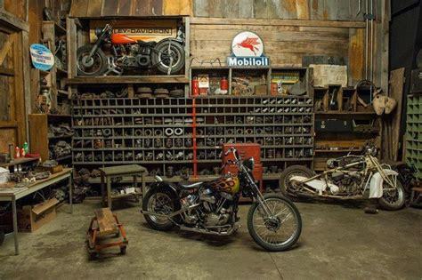 werkstatt vintage harley in a vintage garage repinned by www blickedeeler