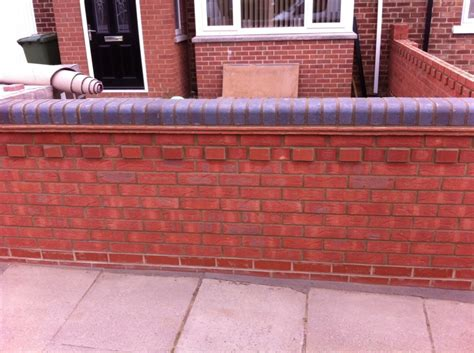 Garden Walls Gdenny Builders Types Of Bricks For Garden Walls