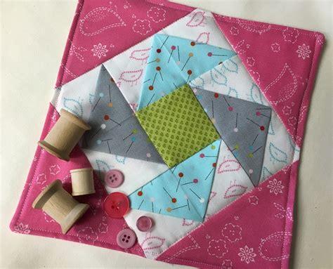 quilted mug rugs free patterns quilted mug rug pattern free tutorial