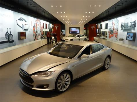 Tesla Direct Sales Tesla Wins Dealer Battle In Ma Direct Sales Stores Are