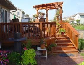 deck pergolas here s an inexpensive small deck pe
