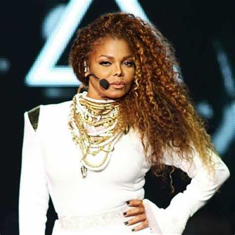 Janet Jackson Grabs Again by Janet Jackson Quot Got Emotional Quot Rehearsing For Michael S Vma