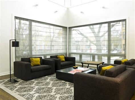 Plissee Wohnzimmer by Moderne Fensterdeko F 252 R Eine Vornehme Atmosph 228 Re Im Raum