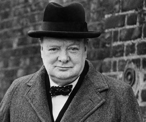 Biography Winston Churchill | winston churchill biography childhood life achievements