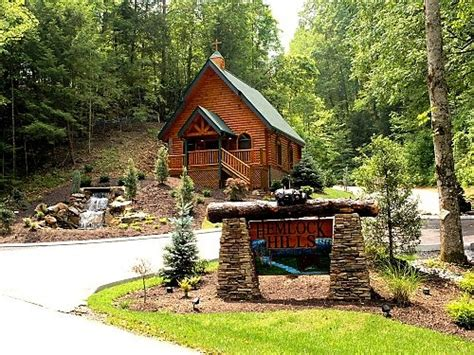 Tennessee Gatlinburg Cabins by Gatlinburg Chapel Wedding Smokey Mountain Chapel Wedding