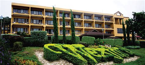 comfort high school address the wexford hotel luxury hotel accommodations for