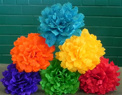 How To Make Mexican Flowers From Crepe Paper - mexican crepe paper flowers set of 6 multicolor