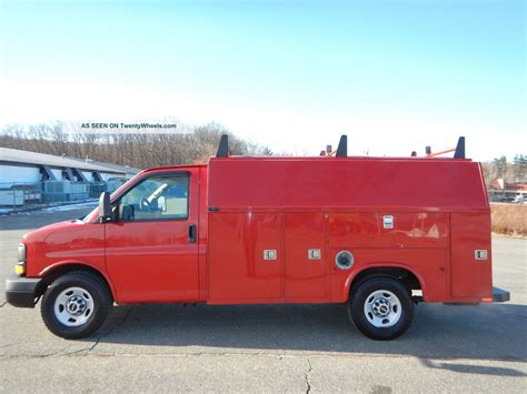 service manual 2009 gmc savana 3500 how to remove timming gear pully without it moving 2009