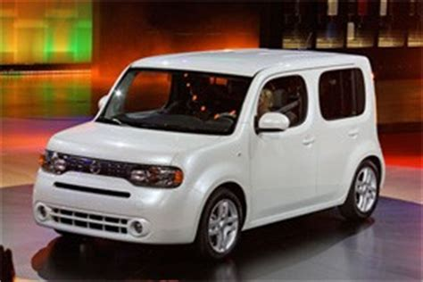 cube cars kia popular mechanics compares fuel efficiency of nissan cube