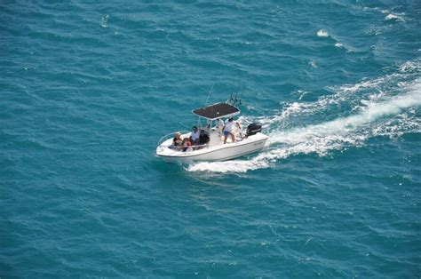 nassau bahamas excursions by boat yacht charter from sailo - Charter Boat Nassau To Eleuthera