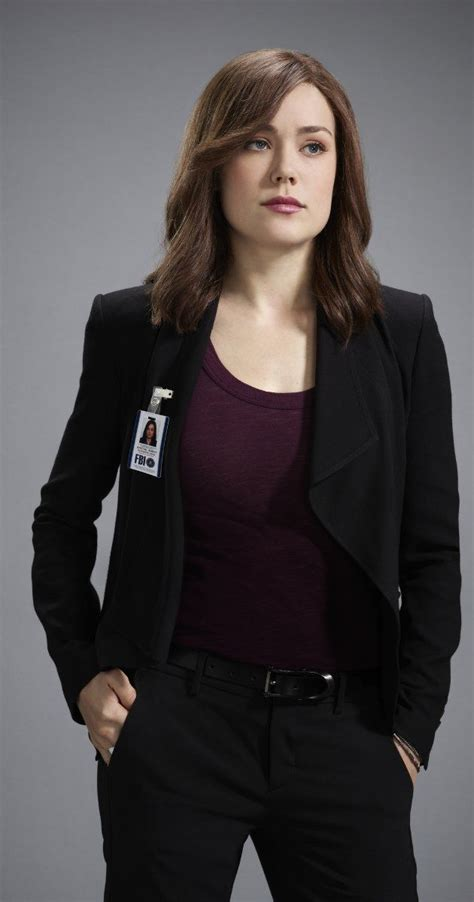 blacklist female star elizabeth keen megan boone blacklist 2013 actress