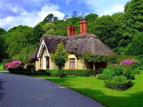 Beautiful Cottages by Cottage Beautiful Setting