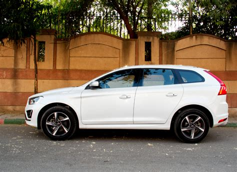 Volvo Xc60 R Design Reviews by Volvo Xc60 R Design Review