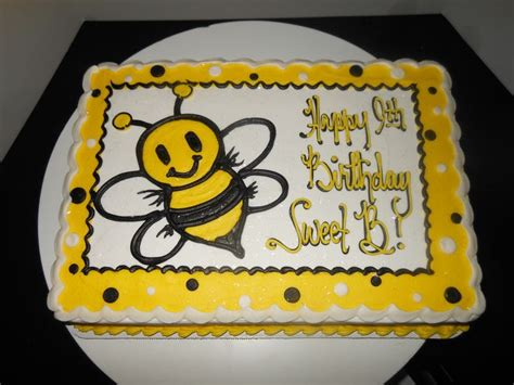 Bee Decorations For Cakes by 25 Best Ideas About Bumble Bee Cake On Bee Cakes Bee Birthday Cake And Bumble Bee
