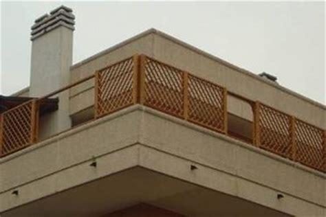 griglie da terrazzo grigliati in legno per terrazzo grigliati per giardino