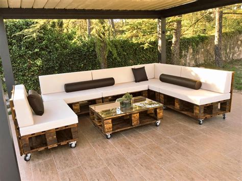 diy pallet patio sofa set poolside furniture 99 pallets