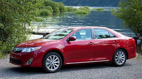 2013 Camry Reviews by 2013 Toyota Camry Review