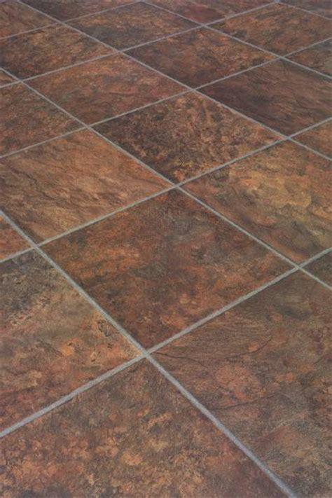 Laminate Flooring: Laminate Flooring Looks Like Stone Tile