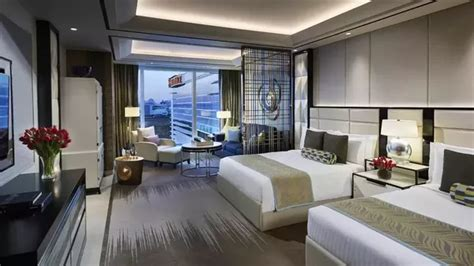 what should a five star hotel have to offer ground report what types of rooms can you find in a 5 star hotel quora