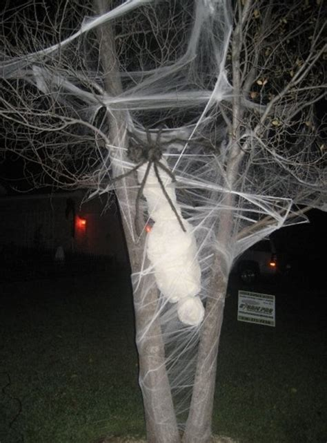 scary halloween themes ideas 40 scary halloween decoration ideas to try this year