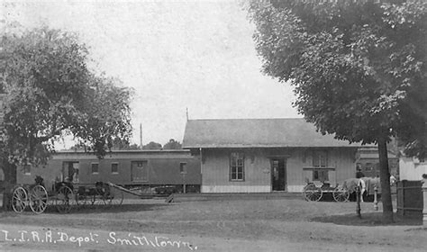 Smithtown Post Office by Lirr Smithtown