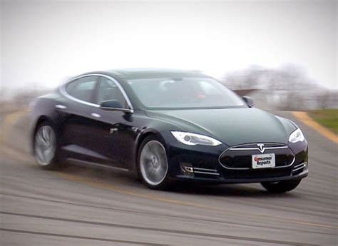 Tesla Consumer Model Consumer Reports Locked Out Of Their Tesla P85d But Still