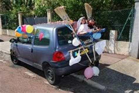 Voiture balai marriage records
