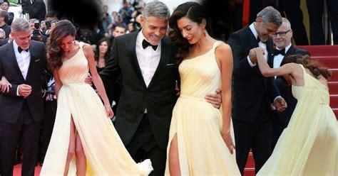 hochzeitskleid amal clooney george clooney s wife amal struggles with dress as she