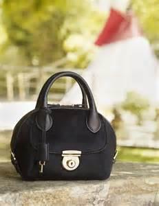 Hermes Carry 821 ferragamo launches signature fiamma bag daily mail