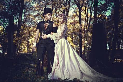 pros  cons   halloween wedding