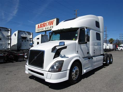 2015 volvo semi truck for sale 2015 volvo vnl780 for sale used semi trucks arrow
