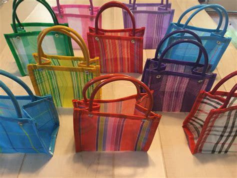 Goodie Bag Bantal Bulu Mini 10 mini mexican mercado bag favor gift bags 002