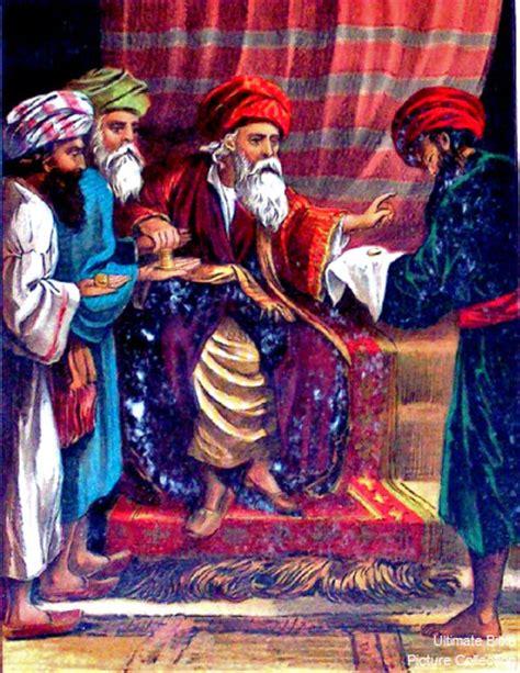 Mendengarkan Perumpamaan Yesus perumpamaan tentang uang mina 2 sang sabda