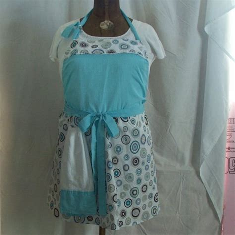 apron pattern with d ring plus size apron love the towel ring aprons pinterest