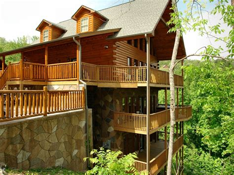 Vrbo Gatlinburg 5 Bedroom by Gatlinburg Cabin In The Mountains Vrbo