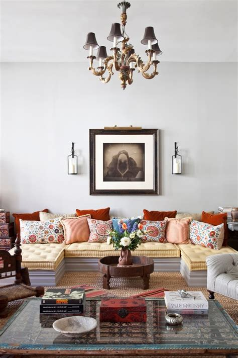 Eclectic Style Living Room by All Things Beautiful Hello