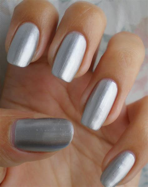 Cool Small Designs 15 alluring silver nail designs for ladies designslayer