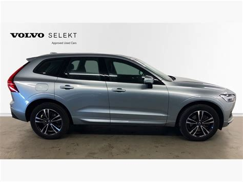 volvo xc   momentum dr awd geartronic