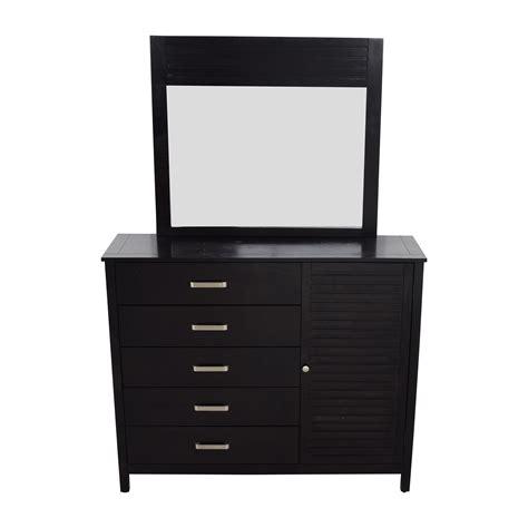 Bobs Mirrored Dresser by 46 Bob S Furniture Bob S Furniture Dalton Espresso