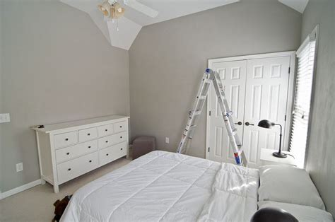valspar gray valspar colonial gray nursery pinterest guest rooms gray bedroom and grey