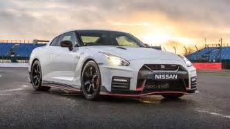 Nissan Gtr Nismo Nissan Gt R Nismo 2017 Review By Car Magazine