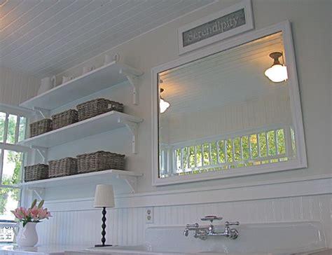 A pretty porch/mudroom/laundry room   Traditional