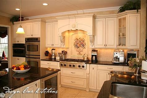 tuscan style kitchen cabinets a beautiful tuscan style kitchen love the white cabinetry