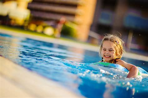 children s swimming lessons