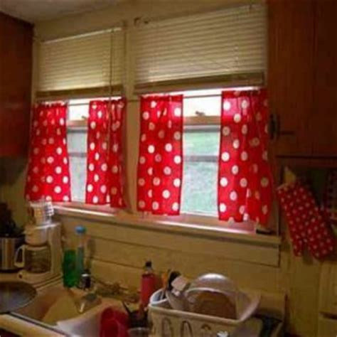 red and white check kitchen curtains