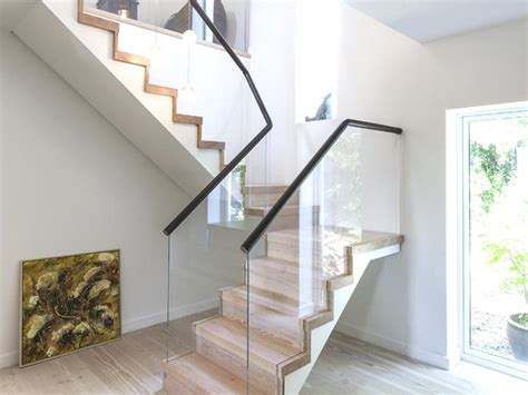 decorative stairs selection for 2 story modern home 4
